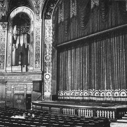 Rudy Lewis, organ.  BBC Broadcast, Trocadero Cinema, Elephant & Castle, London