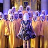 Sia - Performs - Chandelier - With NYC Gay Mens Chorus
