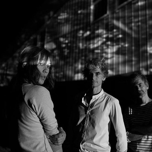 Blonde Redhead Cat On Tin Roof Casa Del Mirto Remix By