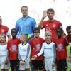 بايرن ميونيخ يصطحب أطفالاً  لاجئين لمباراته بالدوري