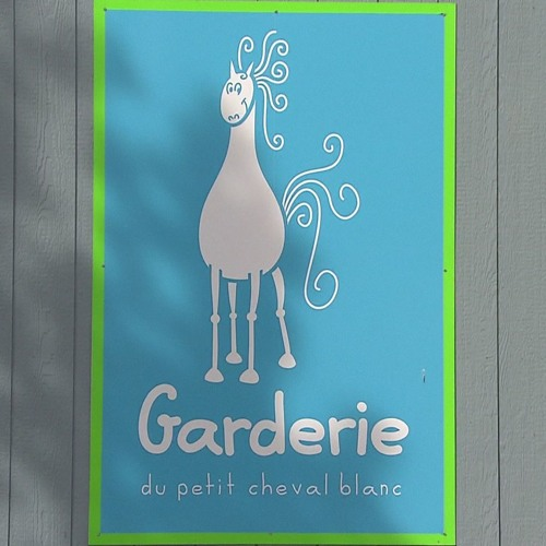 Isabelle Salesse, de l'Association franco-yukonnaise, sur la Garderie du petit cheval blanc