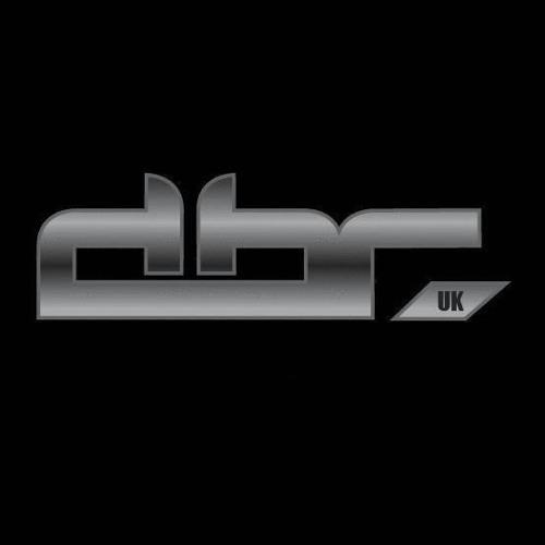 Magenta: Different Drumz LIVE Ft. DBR UK (09-19-2015 )