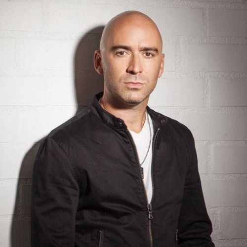 Bilal chats with Ed Kowalczyk of LIVE : 20 Years of Throwing Copper