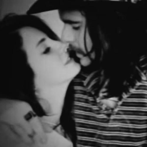 Barrie James O'Neill feat. Lana Del Rey - Riverside