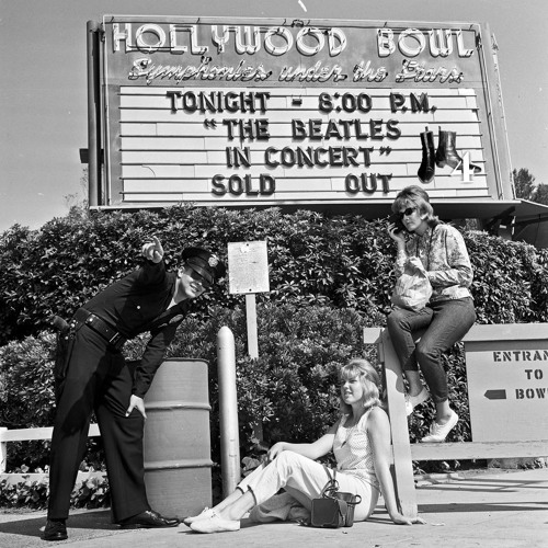 Fab4Cast (39) - How The Beatles Rocked The Hollywood Bowl