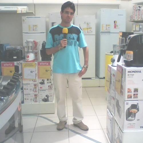 Locutor Wellington Souza
