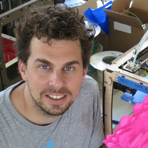 Roman Jurt: Konstruieren statt konsumieren im neuen Fablab Zürich