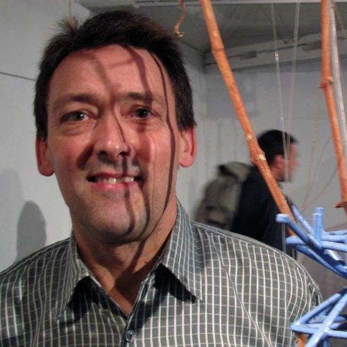 Ken Rinaldo und seine Bioroboter