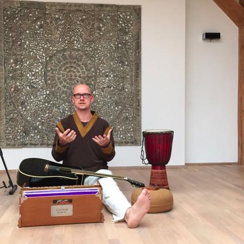 Ankuendigung Yoga-Lehrer Andreas Glaesser