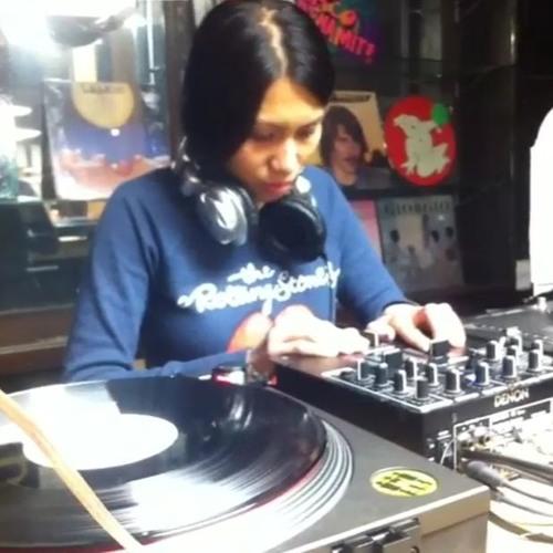 Live Session Saturdays - October 10th, 2015 - Trisha Tolentino