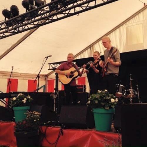 Slängeren (Live @ Mariefestival 2015)