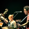 Yo La Tengo - Friday I'm In Love [The Cure] (live at Kings Theatre Brooklyn 2015)