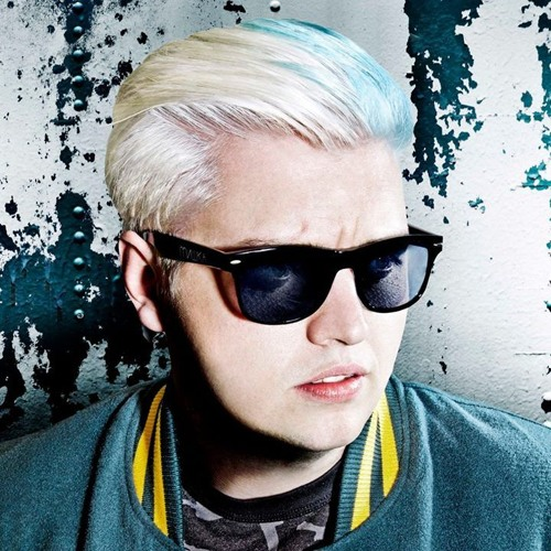 "Flux Pavilion | Interview - Discusses Tesla Tour, Working with Childish Gambino, ""I Can't Stop"""