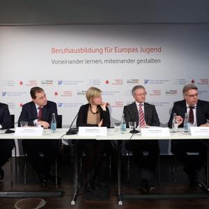 Radiobeitrag zur Veröffentlichung der Studie Berufsausbildung für Europas Jugend