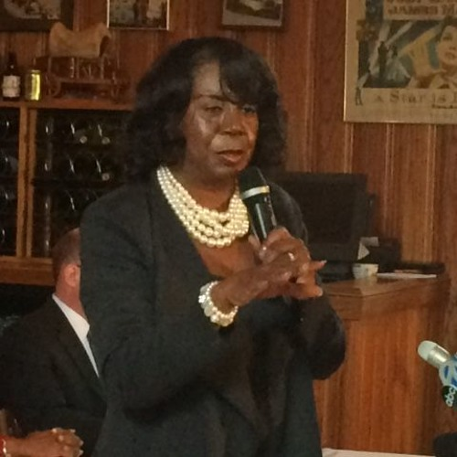 Dorothy Brown asks for Cook County Democrats to endorse her - right after they un-endorse her