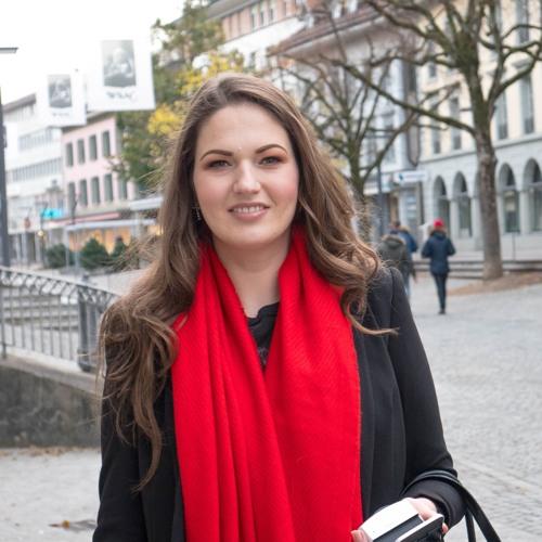 Julia Graf: Mit Schminken und Lifestyle zum Youtube Erfolg