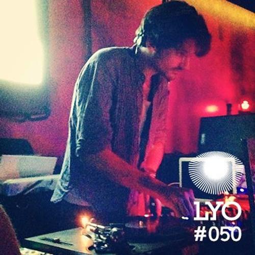 LYO#050 / Les Yeux Orange (LeonXLeon)