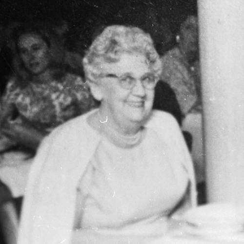 Maude McQuair (Parkinson) 1977 - 08