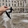 Notizia Singolare- Oggetti e personaggi di carta per trasformare le foto in opere d'arte