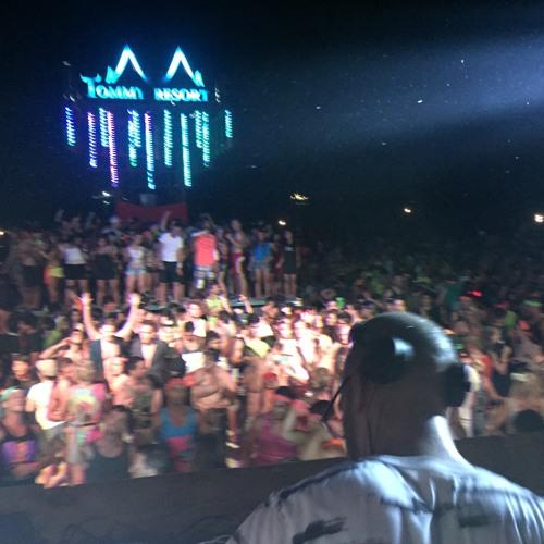Randy Seidman at Full Moon Festival (Koh Phangan, Thailand) [Aug. 2015]