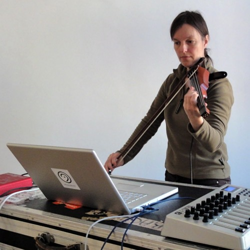 Sequitur III (2008) - for electric violin and live-electronics