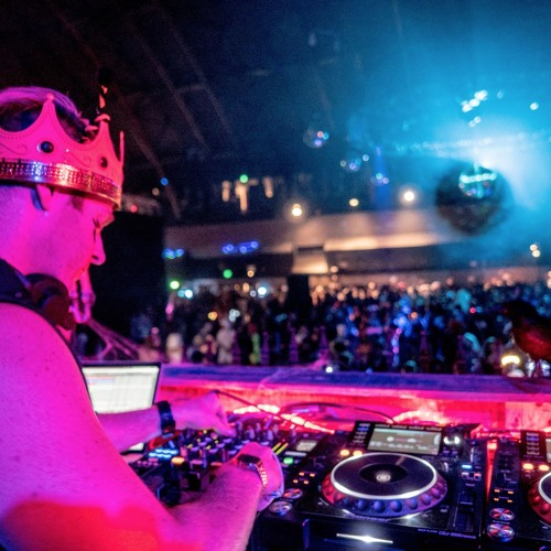 Vitamindevo Live at Phantasm SF The Armory Halloween 2015