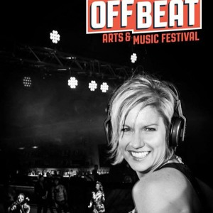 Like This!  (Nikki Smiles At Off Beat Festival 11.7.15) Jub Jubs