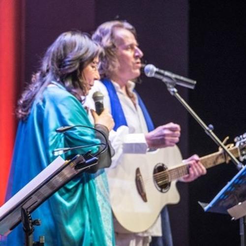 Concert Terre Vivante Terre D'amour La Communion Des Saints par M Lonsdale Pakoune Et Michel Garnier