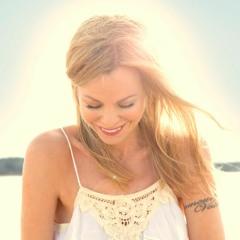 Kelly Morris' guided meditation for gratitude, created especially for WellandGood.com