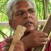 Prahlad Tipanya sings couplet 'Kabir Ka Ghar Shikar Pe'