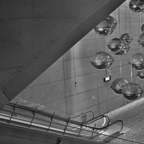Escaliers Mécaniques (EAM, 2011)