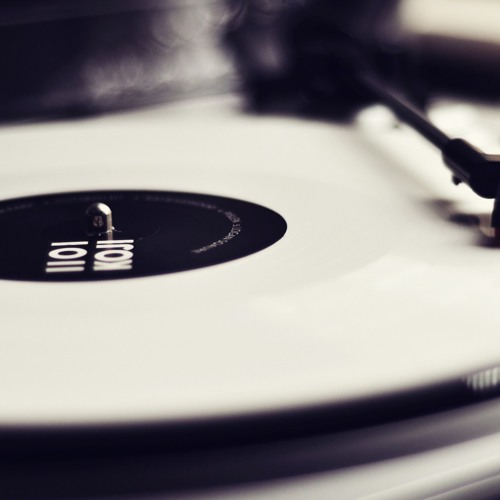 Diana Ross - Ain't No Mountain High Enough ( Keyhan DM Unofficial Remix )