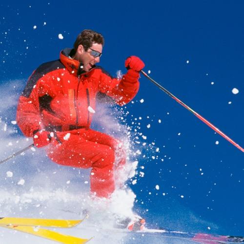Darf man einem verunfallten Skifahrer die Leistung kürzen, weil er ohne Helm gefahren ist?