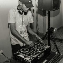 MC LC TROPA DE CDR ( DJ PK ESTUDIO DA CDR)