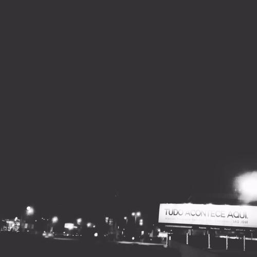 Cai a noite