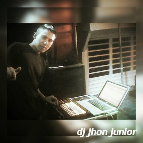 REGGAETON  LOMAS NUEVO DJ JHON JUNIOR JR