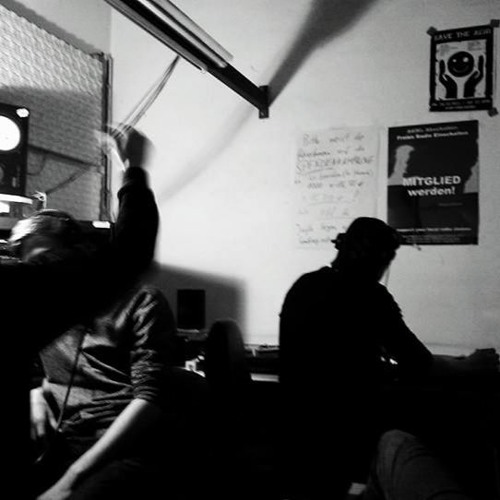 Oskarsonn & Stirnband Aka com.ma (die Nachtklingel) @ Needsome - Radio Dreyeckland