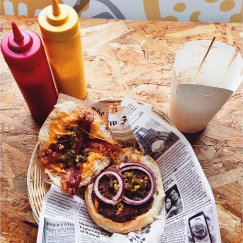Burbee: Artisanal burger & beer