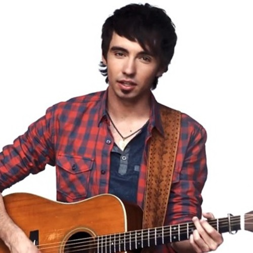 Mo Pitney Talks Music,  Inspirations, And Relationship Advice