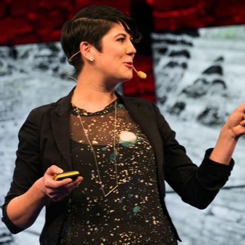 Leyla Acaroglu: DISRUPTING THE STATUS QUO