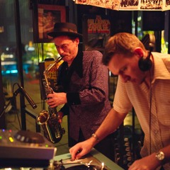 Cup Of Jazz with sweet saxophon suggar at Monkey Bar
