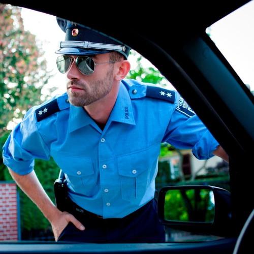 Darf man mit der Polizei witzeln?