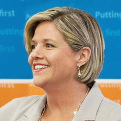 Wynne Meeting Horwath on Fundraising Reforms - Monday, April 4th 2016
