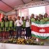 """Gobernador entregó la bandera de Boyacá al Equipo de Ciclismo """"Raza de Campeones"""""""
