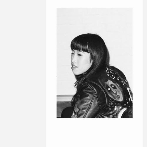 LIVE: Zing Tsjeng [UK Editor, Broadly]
