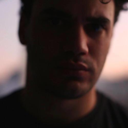 Premiere: Chris Kaz - Track 01