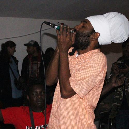 Jah Defender Jah Is Alive (Rastaman Rise Album)
