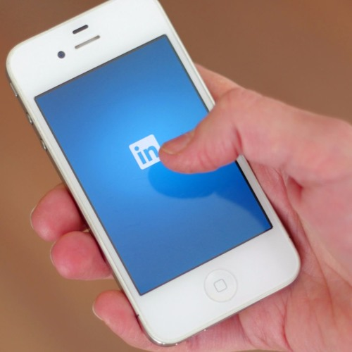 08 - How to create more lively discussions on linkedIn