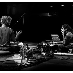 Alban Hall and Sérgio Walgood - Improvisation with Didgeridoo, Guitar and Electronics