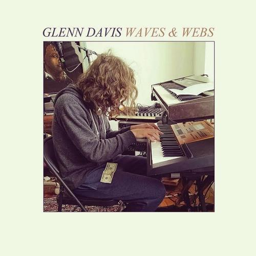 Glenn Davis - Off The Line